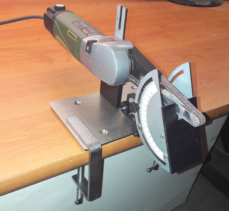 PONCEUSE A BANDE AVEC TABLE / BAND SANDER WITH TABLE