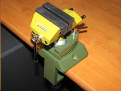 Etau orientable /  swiveling vice